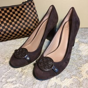 🔥CLEAROUT!!🔥 TORY BURCH suede heels. Size 7.5